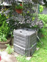Our backyarnd compost bin